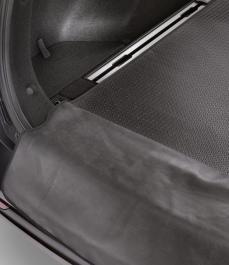 Килимок гумовий в багажник з напрямними для багажу (SW)